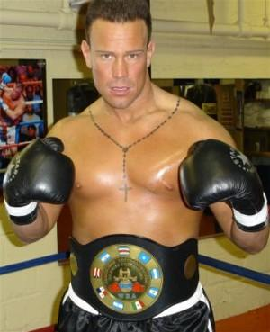 Maddalone Vince pose StarBoxing release