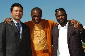 De La Hoya, Floyd Sr & Forbes: HoganPhotos.com
