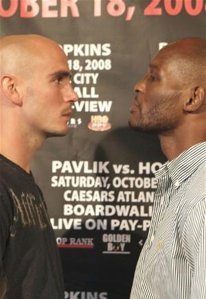Pavlik vs. Hopkins: HoganPhotos.com
