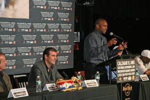 Calzaghe & Jones trade verbal jabs