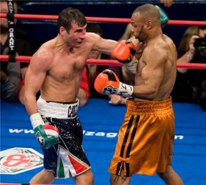 Calzaghe and Roy Jones battle in New York: Neil Abramson