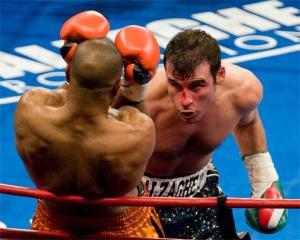 Calzaghe outworks Jones: Neil Abramson