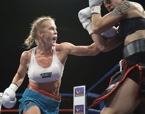Holm goes on the attack (all pics Tom Hernandez)