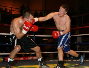 Lowe And Speight To Fight For English Title