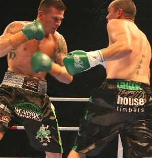 Green rocks Van Niekerk with a left hook