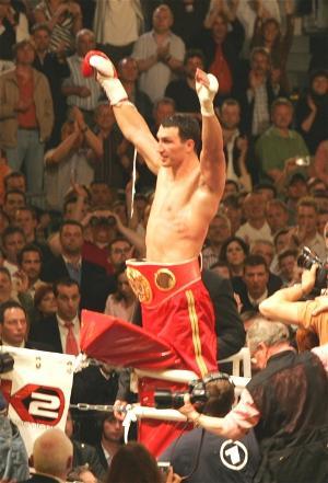 Wladimir Klitschko wins