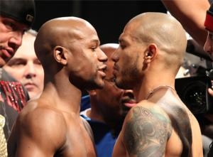 Mayweather and Cotto up close
