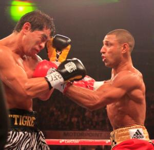 Brook and Saldivia battle up close