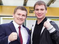 (Photo © Mark Robinson/Hatton Promotions)