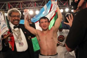 Mamadjonov and king celebrate victory