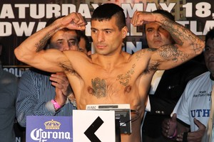 Matthysse on the scale