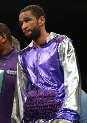 Lamont Peterson notched his third title defense.
