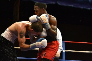Strayhorn (right) defeats Diaz pic Jill Bonnett