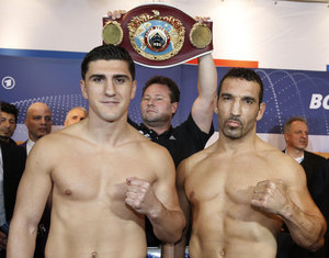 Huck and Arslan rematch on Sept 14