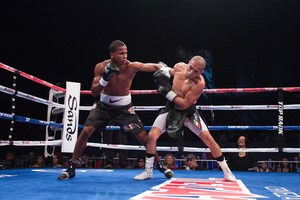 Verdejo goes the distance with DelGadillo