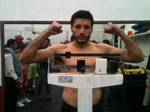 Jhonny Gonzalez weighs in