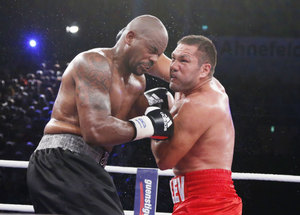 Pulev (R) moves up to No.3 at heavyweight