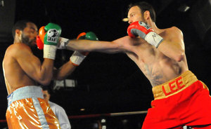 Andy Lee back with a win.