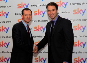 Smith(L) and Hearn shake hands on new deal