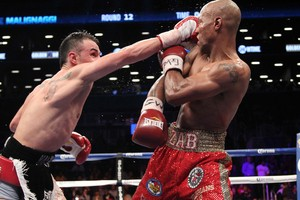 Malignaggi tags Judah