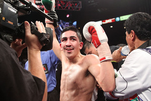 Cruz Defends WBC Title Against Ruiz