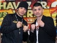 L/R: Chavez/Vera (Photo © Chris Farina / Top Rank)