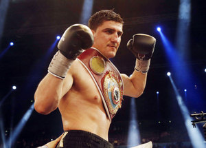 Huck defends WBO Crown Against Larghetti