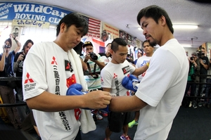 Video: Pacquiao Talks To The Media In Macau