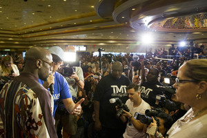 Boxers In Fighting Mood As They Arrive In Las Vegas