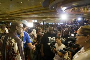 Boxers In Fighting Mood As They Arrive In Las Vegas