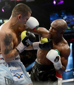 Video: Mayweather Jr Confirms Maidana Rematch