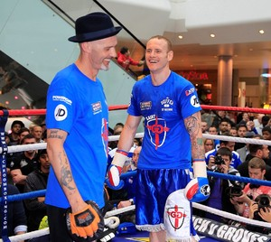 Groves: 'Froch Has An Awful Technique'
