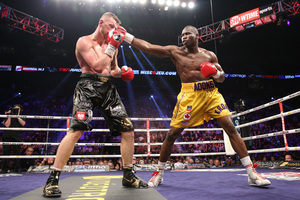 Stevenson defends title Against Fonfara