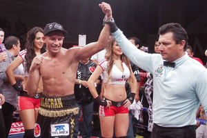 Estrella Out-points Jardon/ Berchelt Ko's Reyes