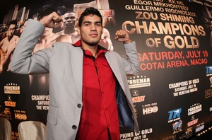 Zurdo Zooms Past Khatchikian; Rodriguez Impresses