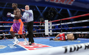 Rigondeaux blitzes Sod Photo: Chris Farina, Top Rank