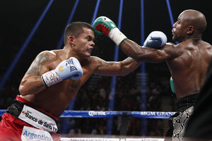 Mayweather Defeats Maidana For The Second Time