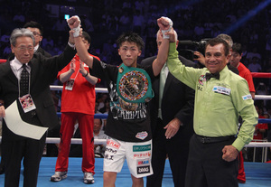 Yaegashi Decisions Mendoza, Inoue Destroys Parenas