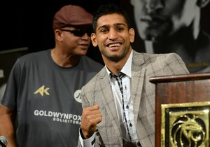 Khan Believes Mayweather Jr Can Top Pacquiao In Super Fight