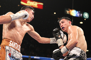 Santa Cruz Defeats Ruiz In Vegas
