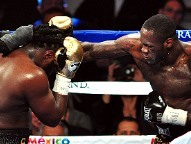Slugger Wilder boxes his way to victory