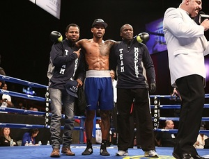 Mosley Jr Stops Machado/Reyes Defeats Whitmore
