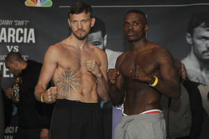 Quillin Fails To Make Weight, Lee Retains Title