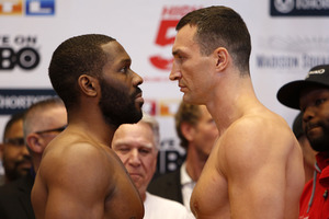 Klitschko Decisions a Determined Jennings in New York