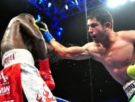 After some doubt, Mauricio Herrera returns to the ring