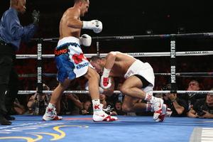 Kovalev KOs Mohammedi; Gonzalez Robbed