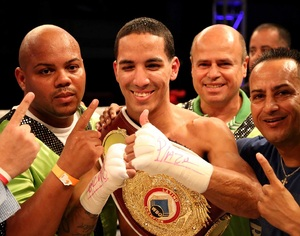 Rodriguez Makes Title Defence Against Rangel