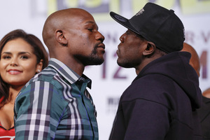 Mayweather Jr Reports  'Unbelievable Training camp'