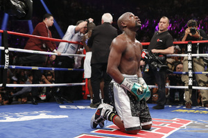 Video: Mayweather Jr Could Fight again But It Cost $100 Million