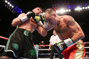 Cardle Retains British Title In Thriller